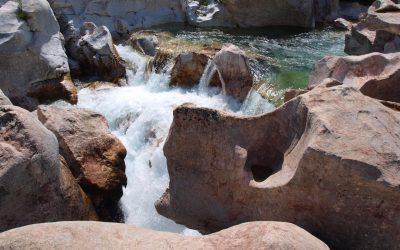 Glacial mills rock formations