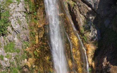 Grunas Waterfall, about 30m high