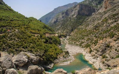 The turquoise waters of the Cem river invite for swimming