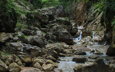 Inside Vuno canyon