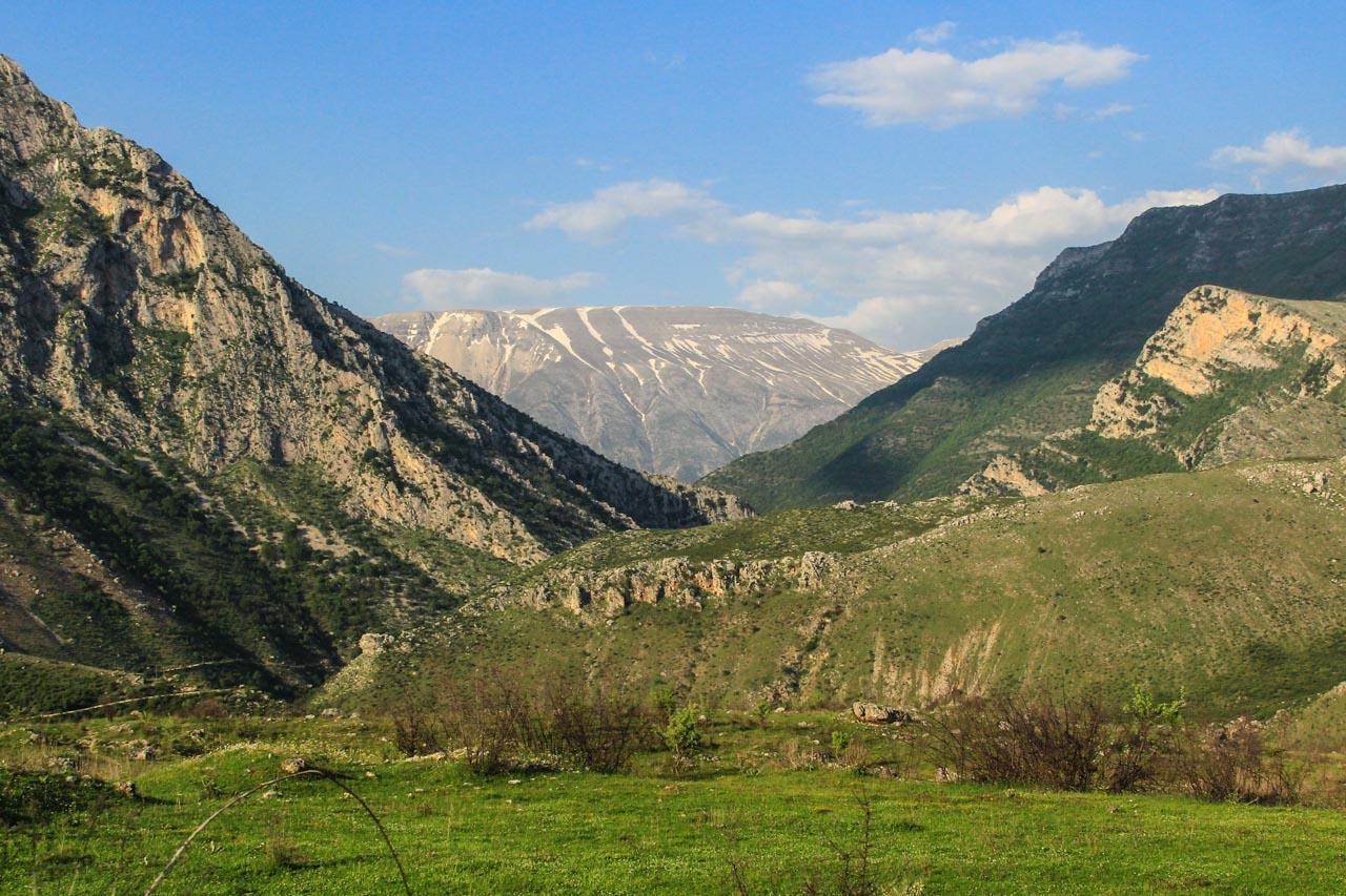 Entering Zagoria valley